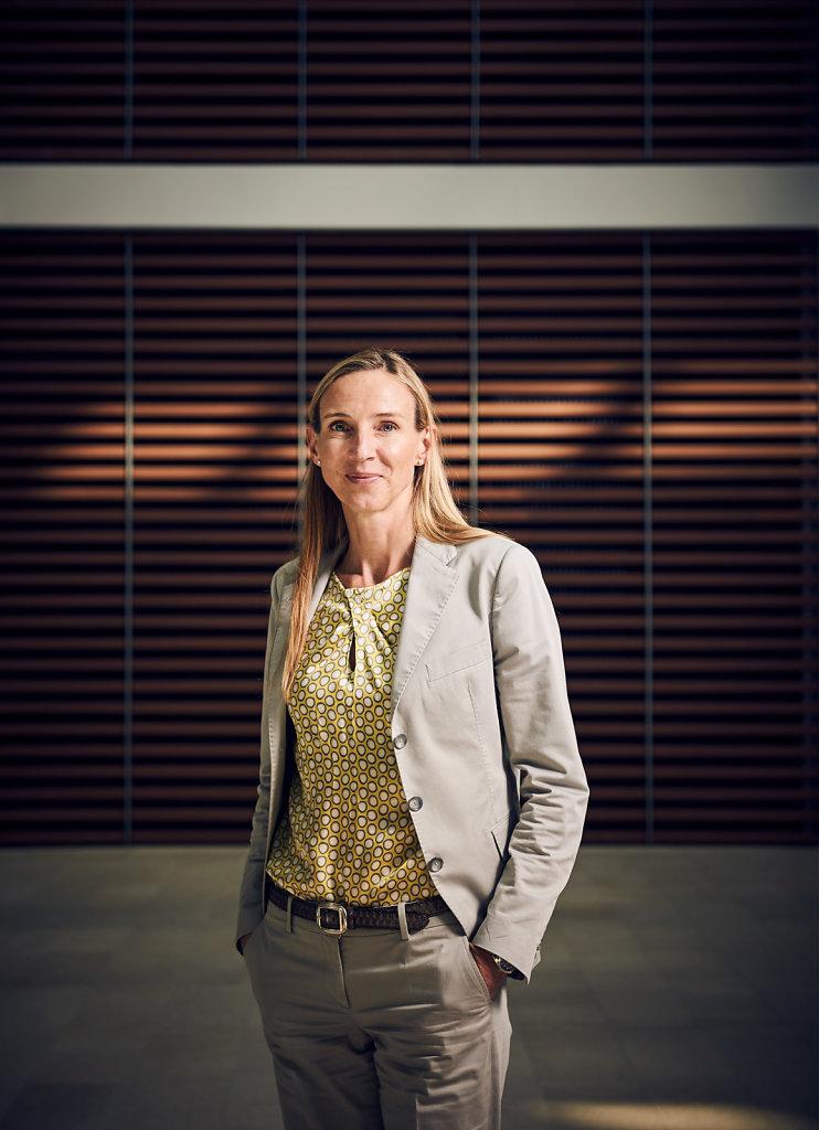 Dr. Simone Bagel-Trah